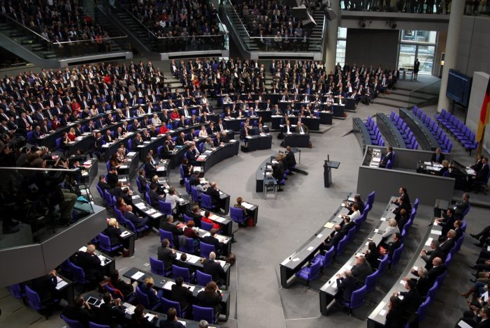 Photo of Opposition warnt vor Folgen eines Mega-Bundestags