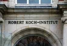 Lauterbach kritisiert Corona Strategie des Robert Koch Instituts 220x150 - Lauterbach kritisiert Corona-Strategie des Robert-Koch-Instituts