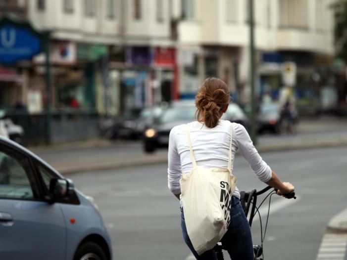 Umfrage: Viele Radfahrer fühlen sich auf der Straße oft unsicher
