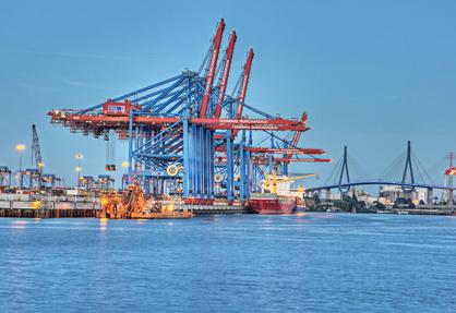 Hamburger Frachthafen - Studie: Freihandelsabkommen vorteilhaft für USA und gesamte EU