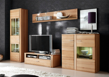 italienische m bel zaubern zeitloses design. Black Bedroom Furniture Sets. Home Design Ideas