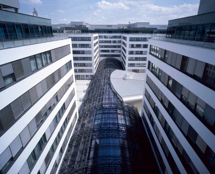 Telekom Austria Hauptgebaeude - Konvergenzstrategie der Telekom Austria scheint sich zu bewähren